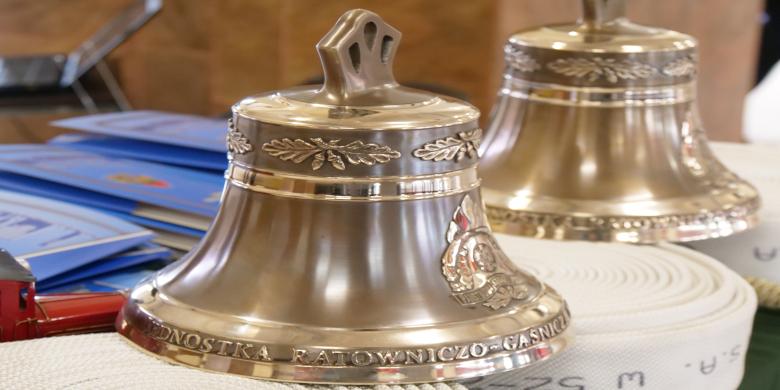 dwa dzwony